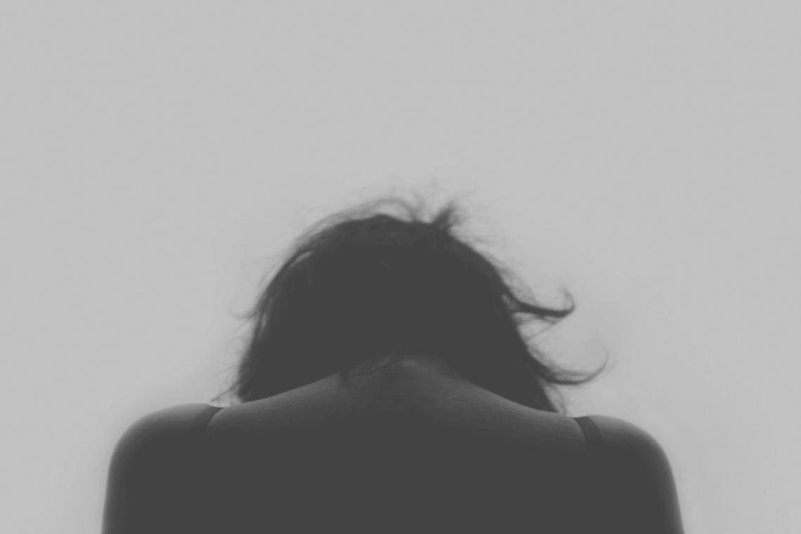 Hipnose e terapia nas dores físicas e psicológicas contra o câncer